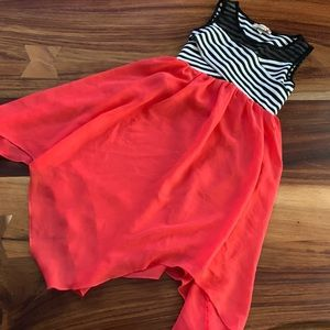 Girls size 7 black/white/coral sleeveless dress